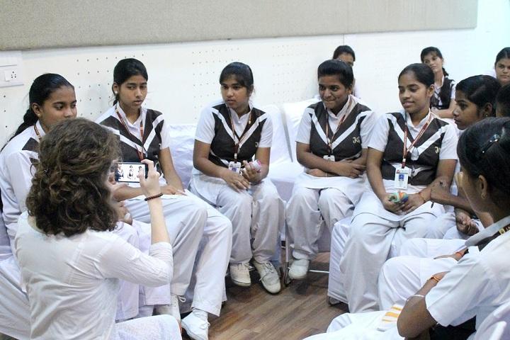 JKG International School-Group Discussion