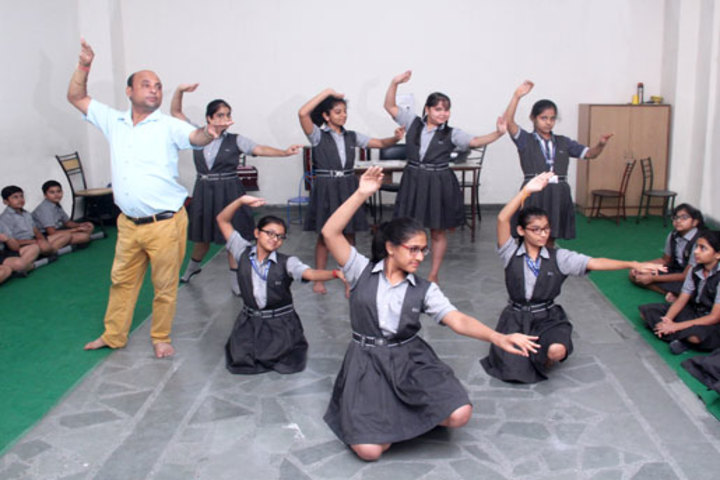 K L International School-Dance Room