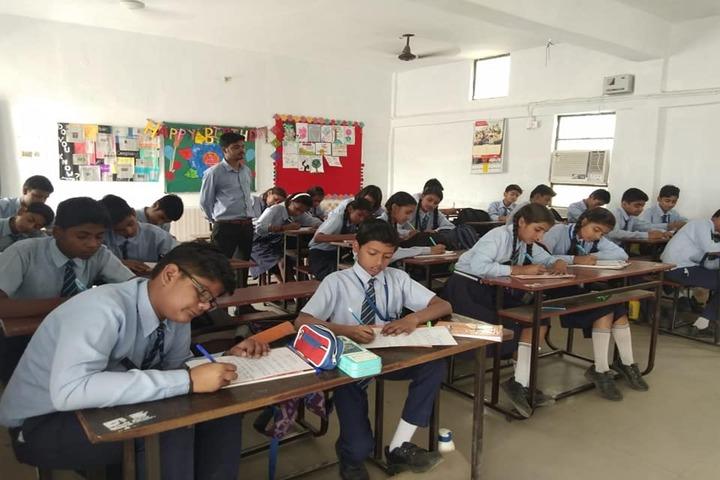 K T Public School-Classroom View