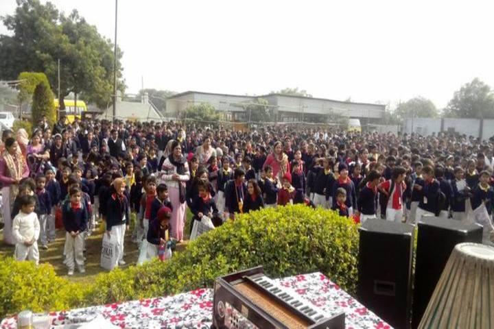 KM Public School-Students