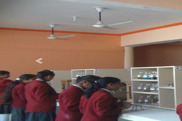 Kamm Scholars School-Science Lab