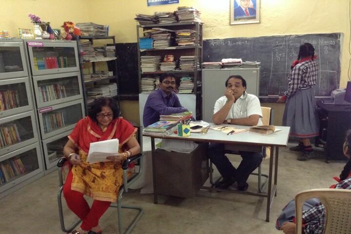 Kendriya Vidyalaya No 4-Library