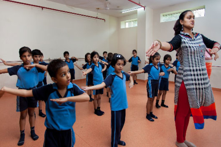 Khaitan Public School-Dance Classes