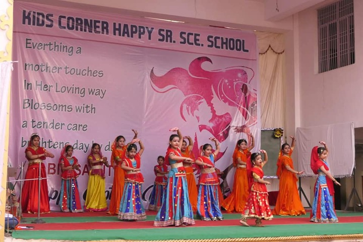 Kids Corner Happy School-Dance