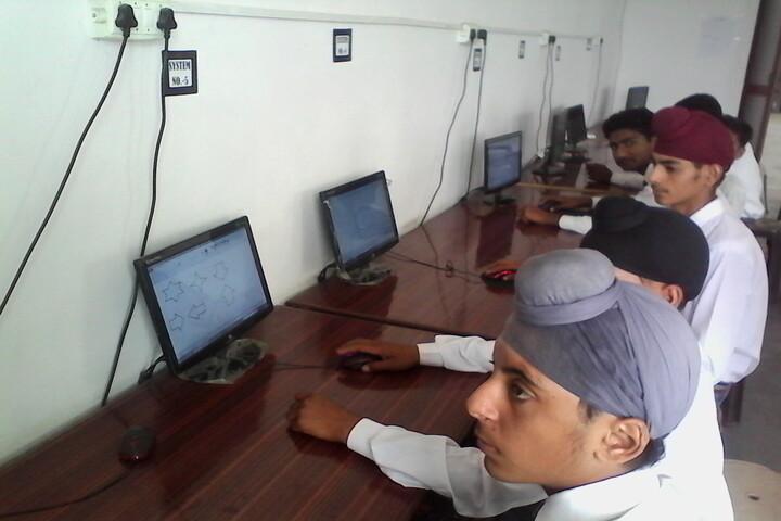 Krishna Academy-Computer Lab