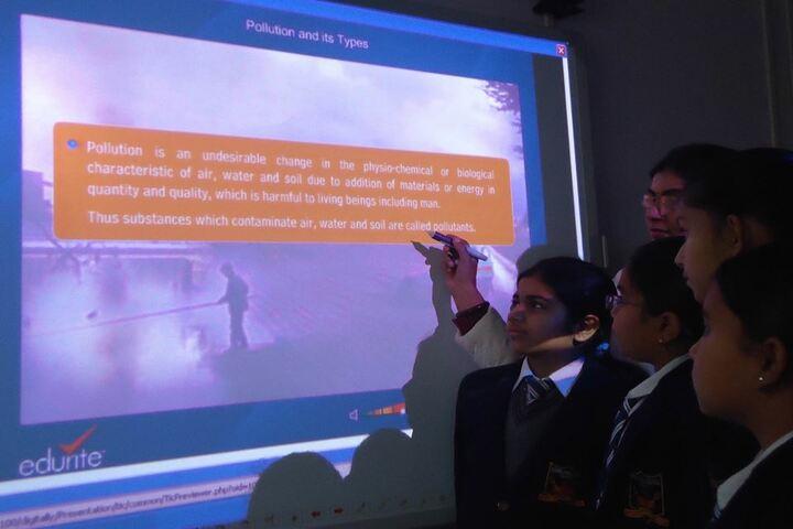 Krishna Public School-Smart Class