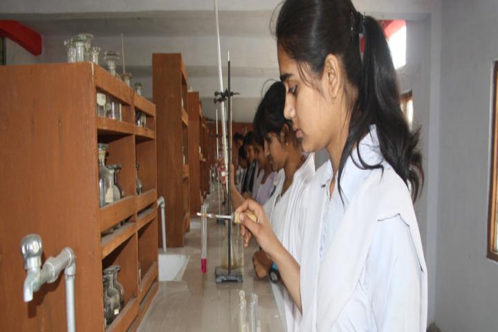 Kunwar Convent School-Lab