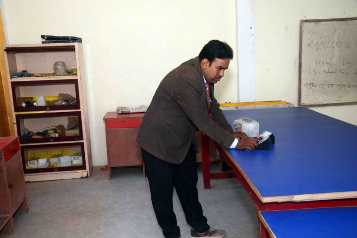 L S S National Public School-Physics Lab