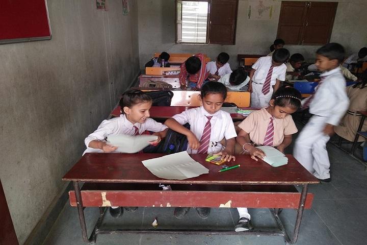 Lagna Devi Tarakant Senior Secondary School-Classrooms