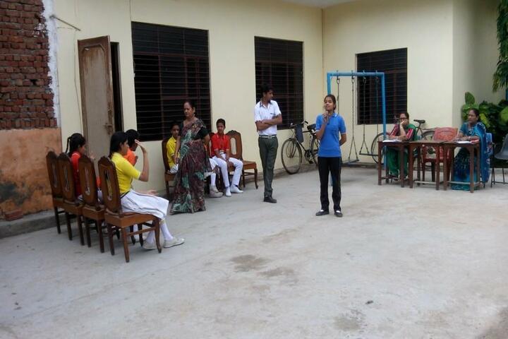 Lal Bahadur Shastri Sainik Secondary School-Debate