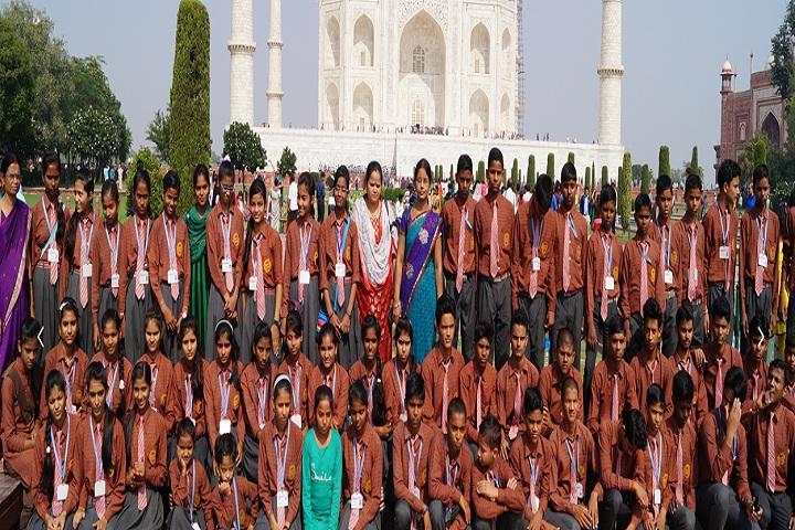 Lalsa International School-Tour