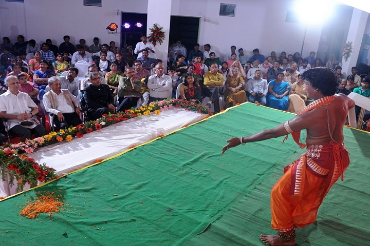 Laurels International School-Cultural Dance
