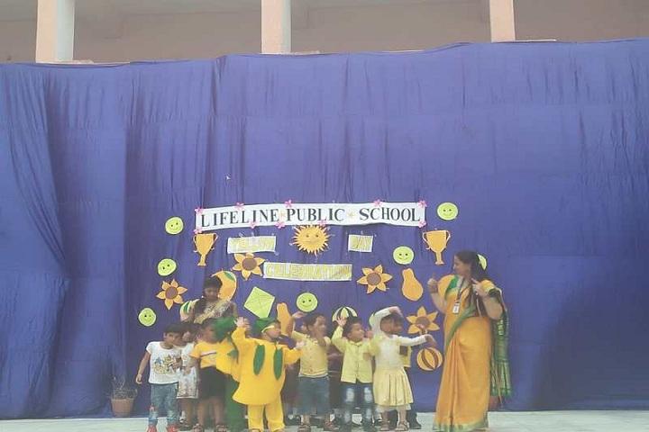 Lifeline Public School-Yellow Day