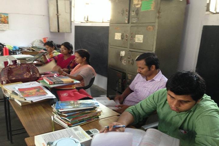 Lilawati Convent School-Staff room