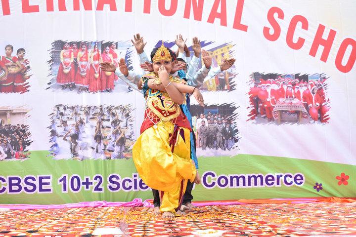 Subhash International School-Dance