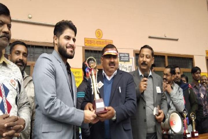 Lucky Children Junior High School-Award Presentation