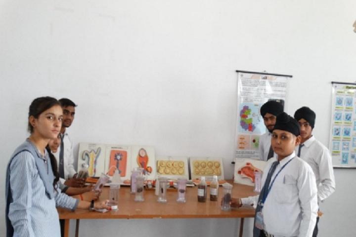 Lucky Children Junior High School-Biology Lab