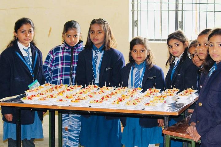 Lushkary Preparatory School-Fruit Day