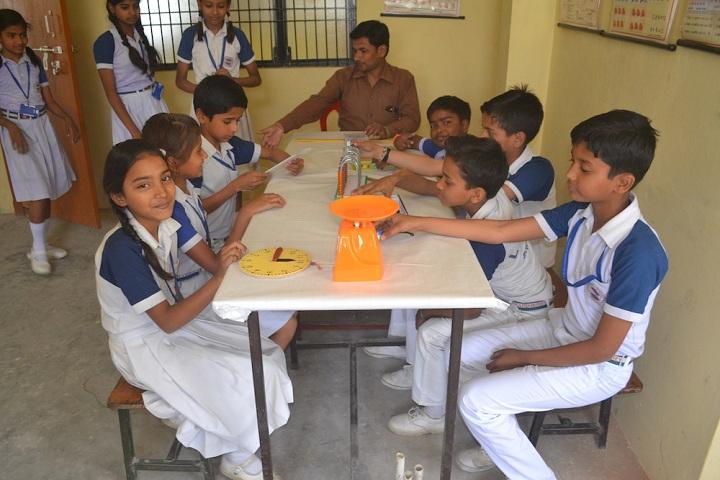 Lushkary Preparatory School-Physics Lab
