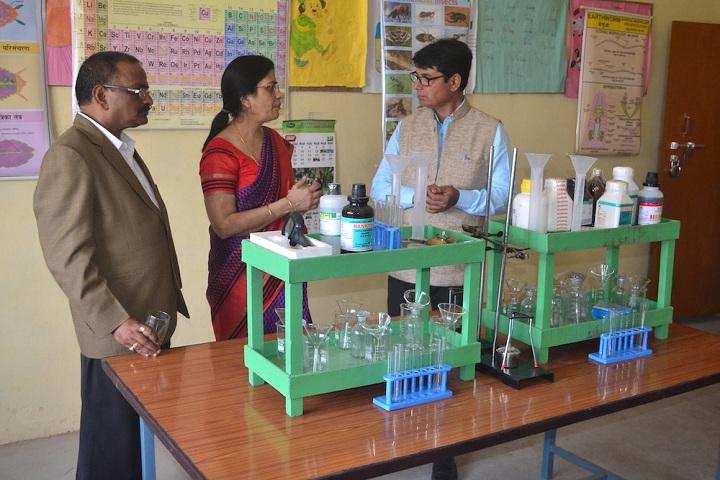 Lushkary Preparatory School-Science Lab 1