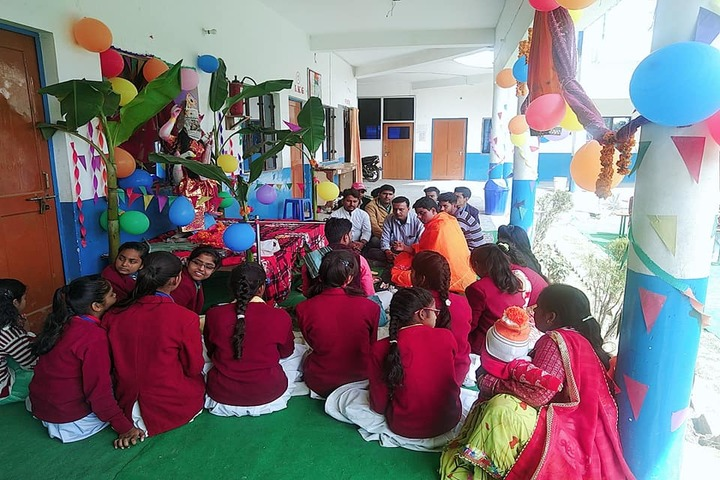 M M Central Academy-Pooja In School