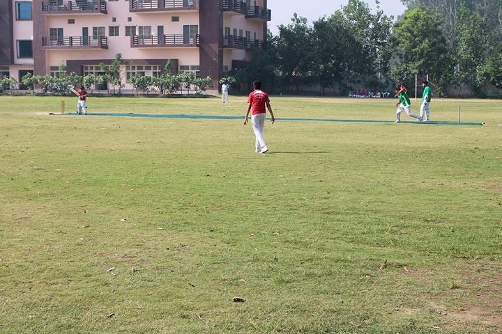 M D International School-Play Ground