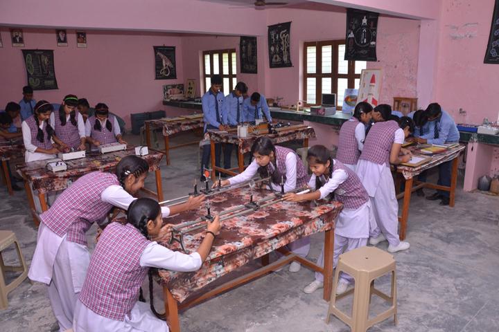 Maa Anjani Public School-Lab2
