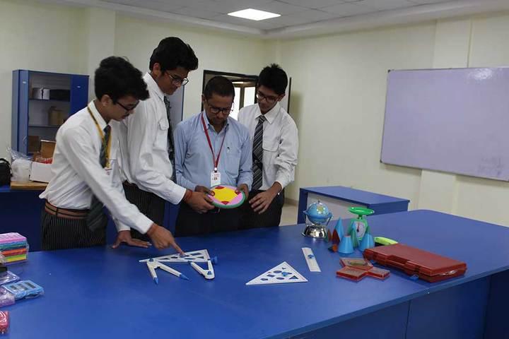 Maa Gayatri Memorial Kaushambi Presidency School-Maths-Lab