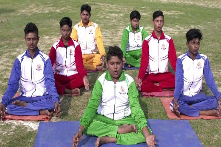 Maa Gayatri Memorial Kaushambi Presidency School-Yoga