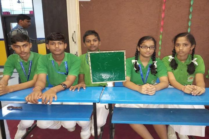 Maa Gayatri Memorial Kaushambi Presidency School-Quiz Competition