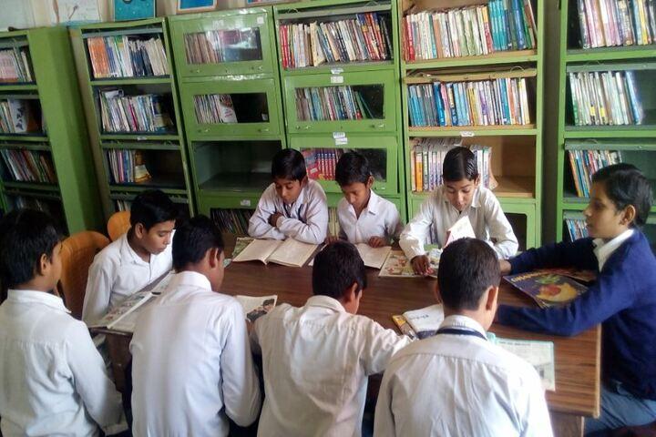 Madanmohan Kalawati Sarraf Saraswati Vidya Mandir-Library