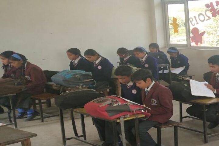 Maharaja Surajmal Holy Academy-Classroom