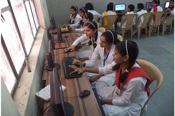 Maharaja Surajmal Public School-Computer Lab