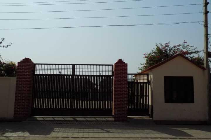 Maharishi Vivekanand Public Junior High School-School Entrance