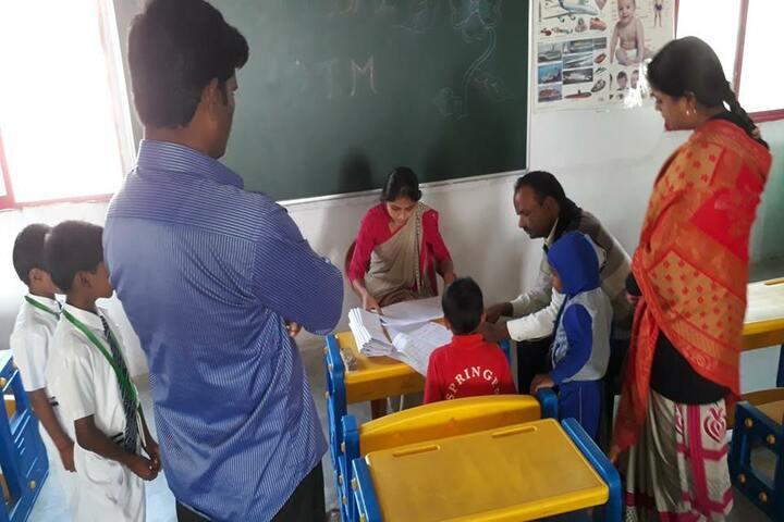 Maharshi Vashishtha Vidyapeeth-Parents Meeting