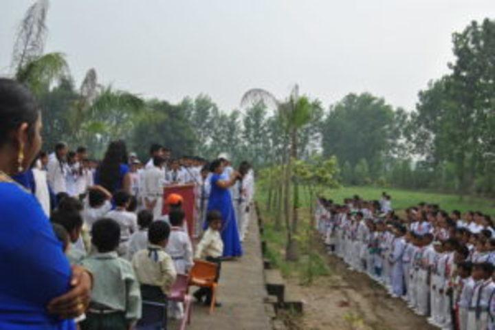 Mahaveeri Devi Public School-Green day