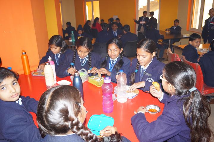 Mahi International School-Cafeteria