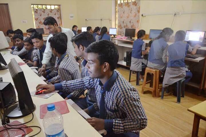 Manas Convent School-Computer lab