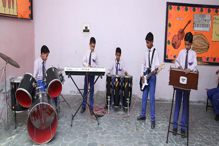 Mantora Public School-Music room