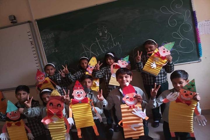 Maple Grove World School-Art Activity