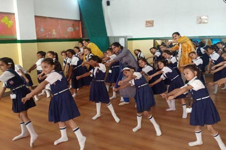 Meerut Public Girls School-Dance room