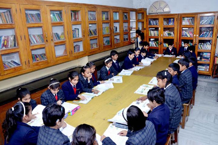 Meerut Public Girls School-Library
