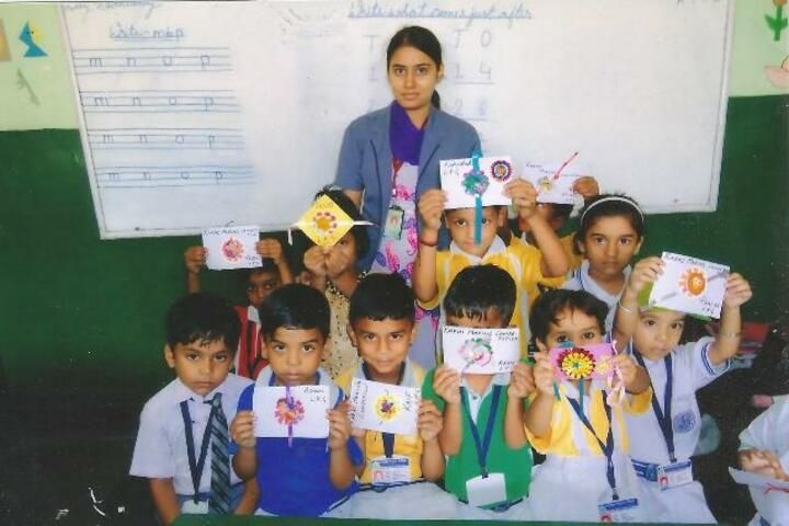Modern Public School-Rakhi Making