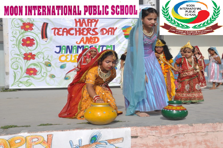 Moon International Public School-Teachers day