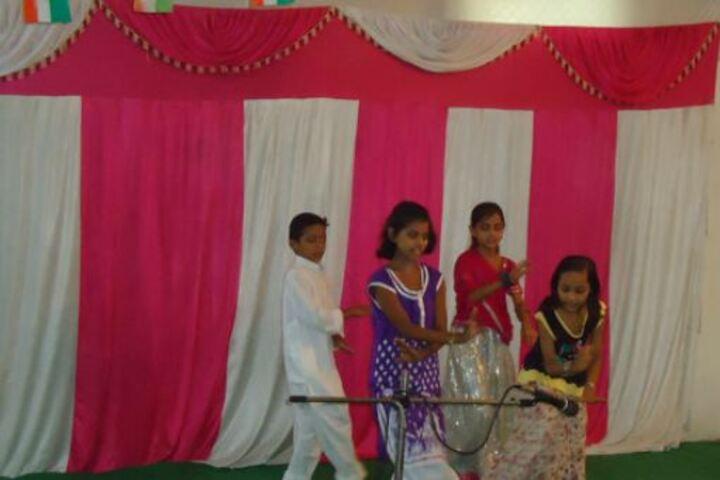 Mother Divine Public School-Dance