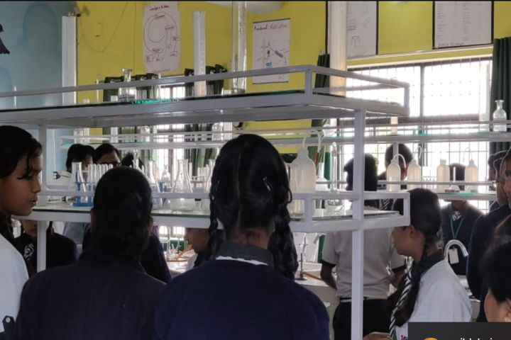 Nandi Vani Public School-Science Lab