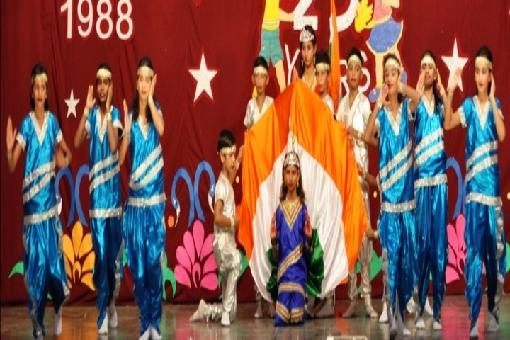 Nav Vani School-Students Day celebrations