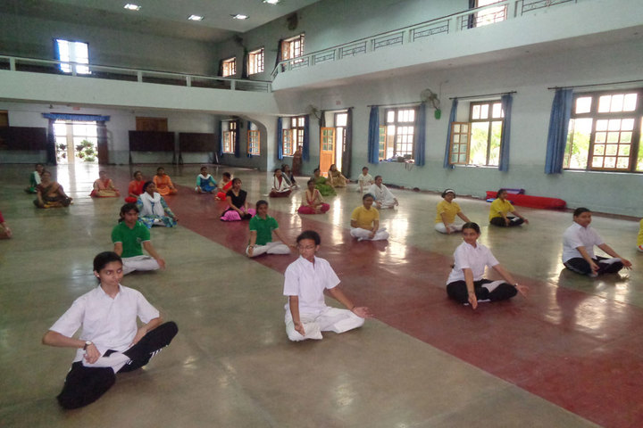 Navayuga Radiance Bilingual Senior Secondary School-Yoga Day