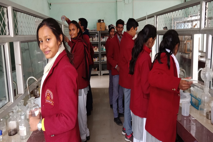 Navjeevan English School-Chemistry Lab