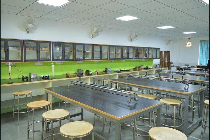 Nehru World School-Physics Lab